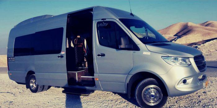 Микроавтобус Израиль
