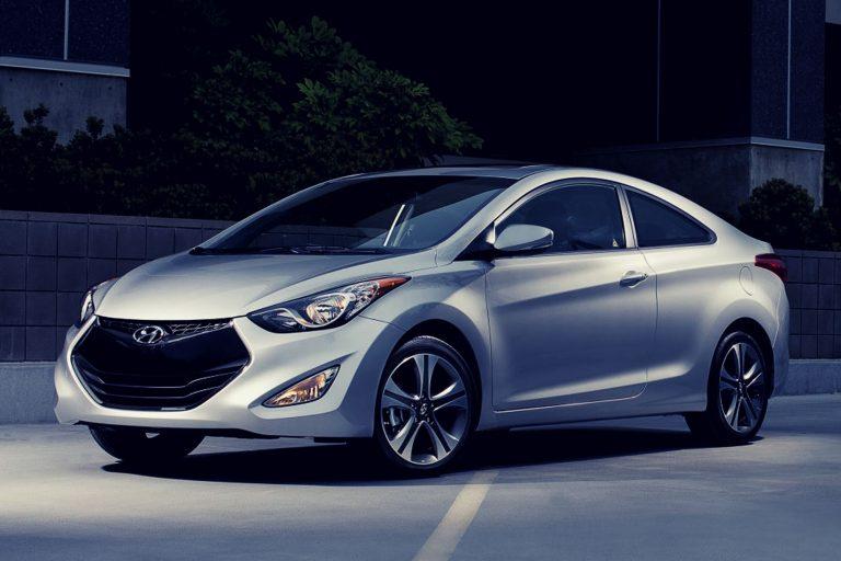 Hyundai Elantra with driver Israel