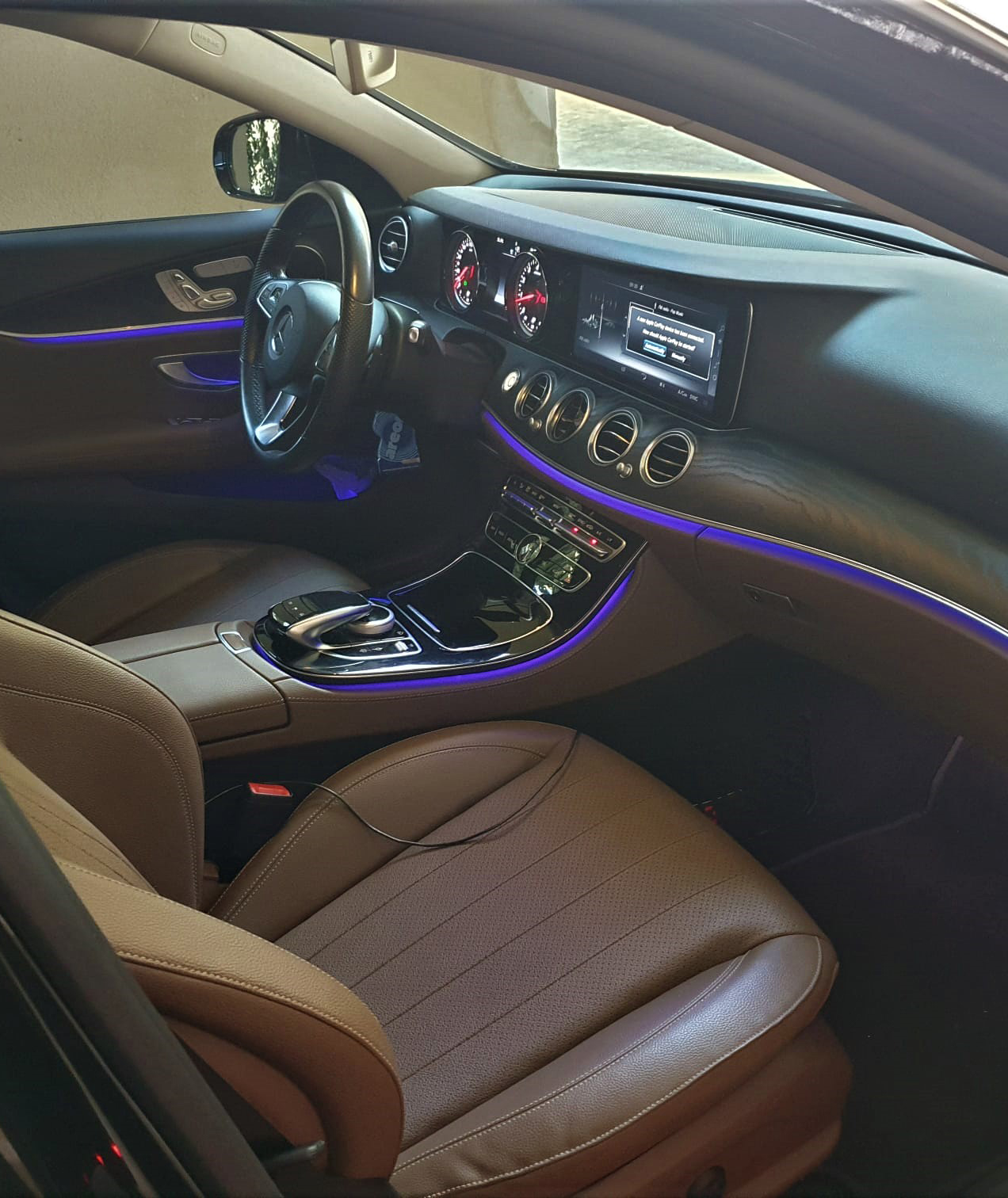 Rent VIP car with driver