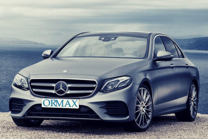 Rental premium class car with driver in Israel