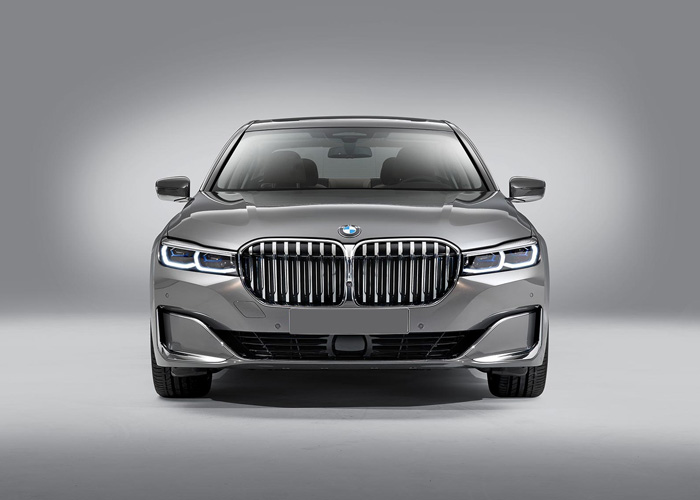 bmw-7-series-with-driver-israel