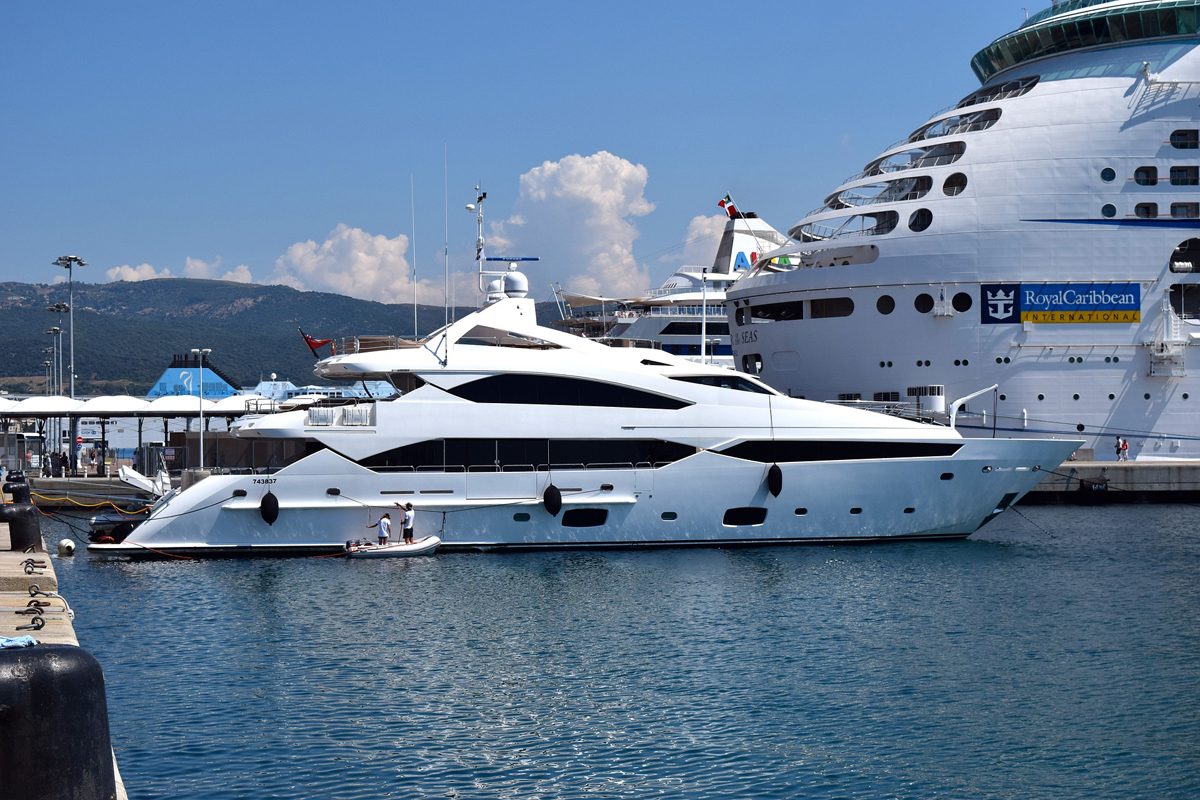 large-yachts-israel
