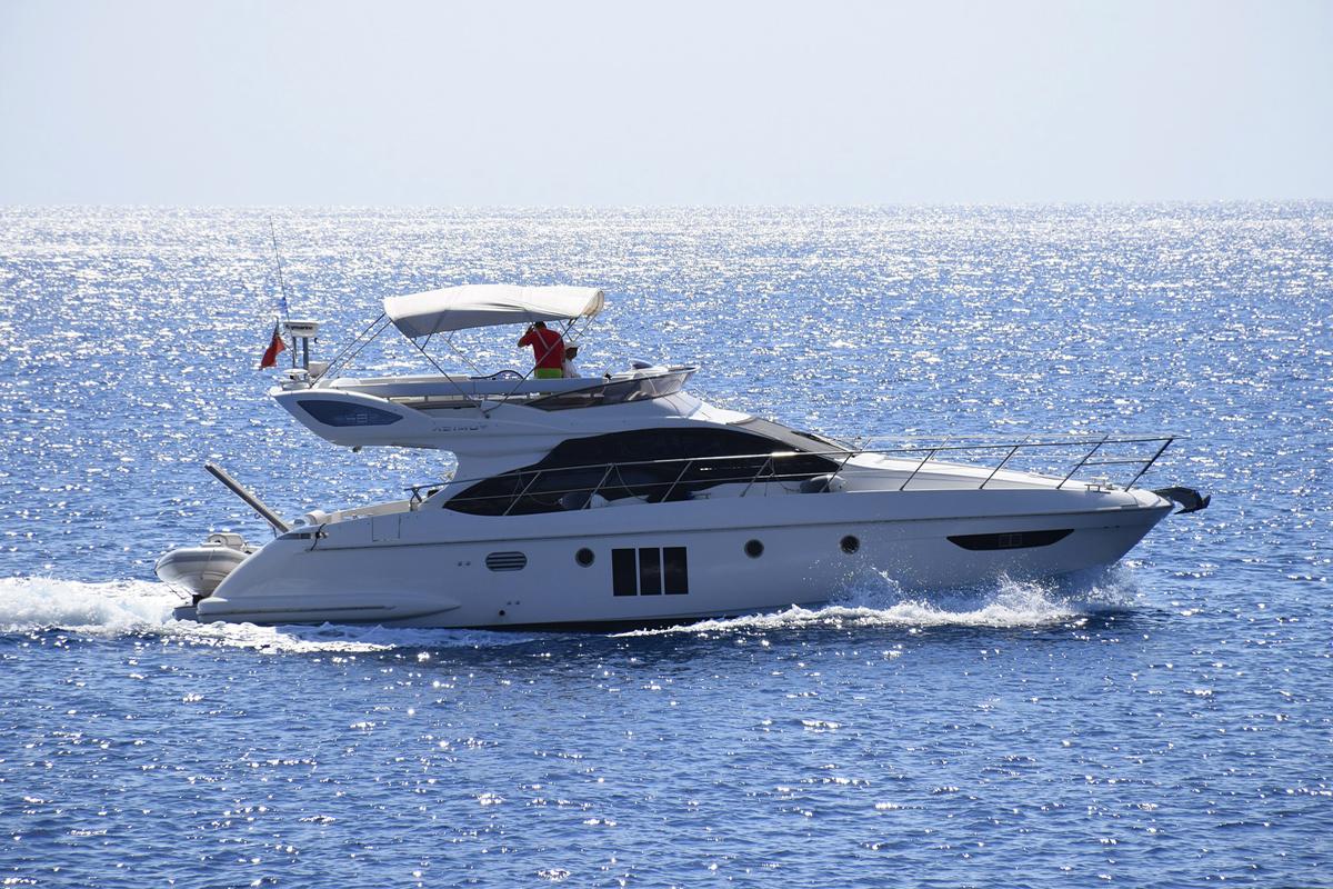 motor-yachts-rent-israel
