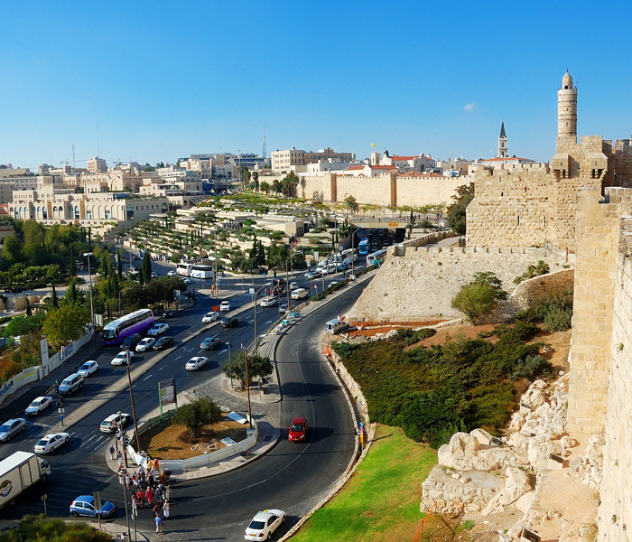 renting-a-car-jerusalem-with-a-driver