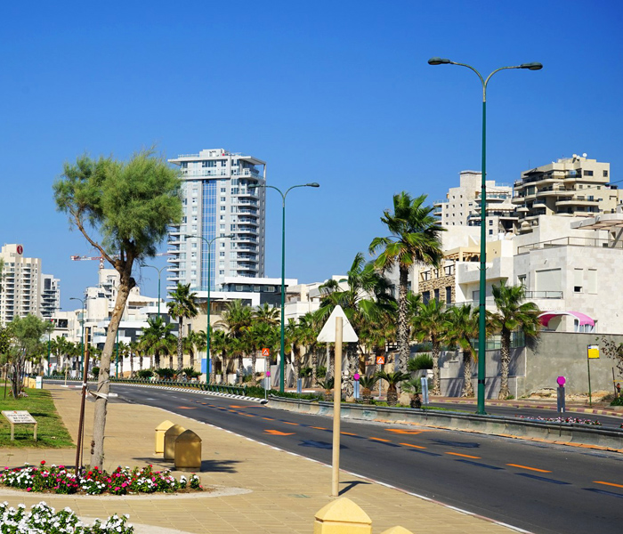 renting-a-car-netanya-with-a-driver