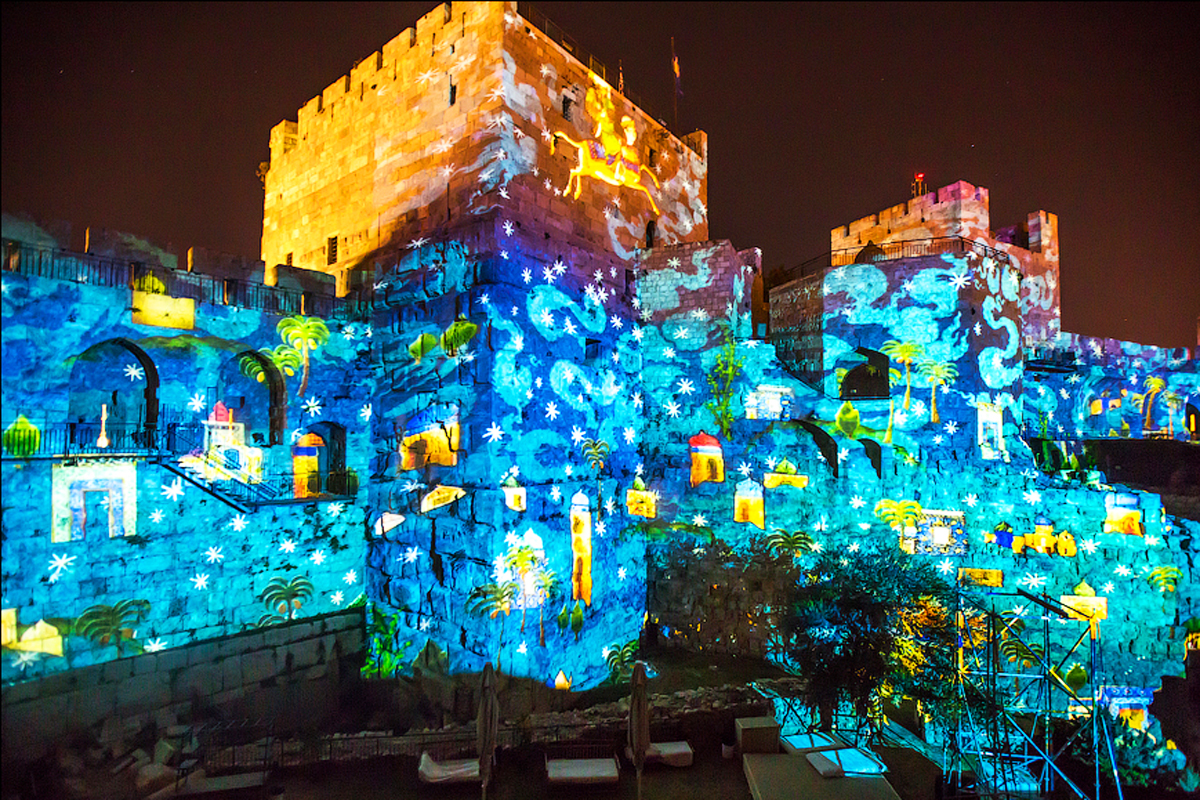 light-show-at-the-tower-of-david-museum